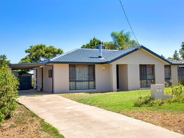 7 Grant Street, Kootingal, NSW 2352