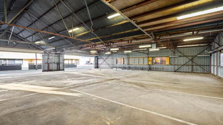 663 Dean Street Albury NSW 2640 - Image 2