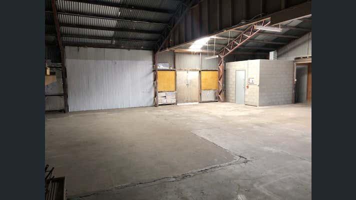 2/25 Smith Street Capalaba QLD 4157 - Image 2