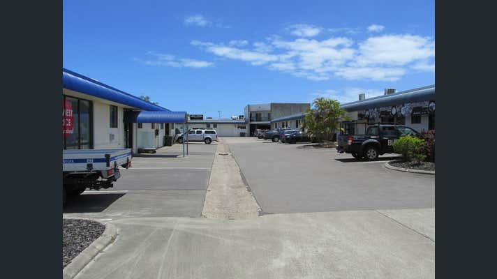 2/64 Boat Harbour Drive Pialba QLD 4655 - Image 2