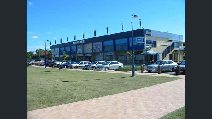 1/8  Pier Street Urangan QLD 4655 - Image 1