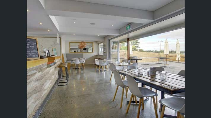 61 Esplanade The Oysterbar Shopping Centre Coffin Bay SA 5607 - Image 2