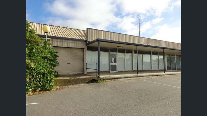 Unit 2/2-4 Verran Terrace Port Lincoln SA 5606 - Image 1