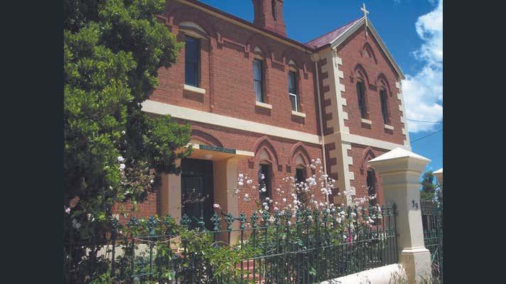 39 Isabella Street Queanbeyan Nsw 2620 Image 1
