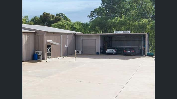 Unit 2, 20 Oborn Road Mount Barker SA 5251 - Image 2