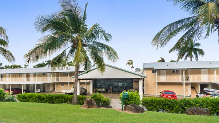 2 Hermitage Drive Airlie Beach QLD 4802 - Image 2