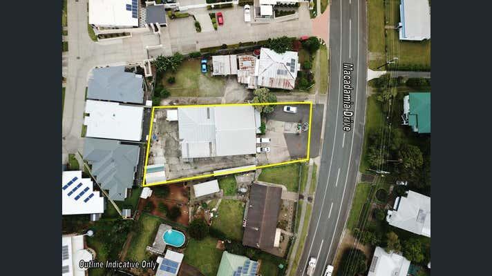 19 Macadamia Drive Maleny QLD 4552 - Image 2