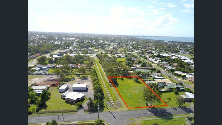 90 Urangan Street Torquay QLD 4655 - Image 2