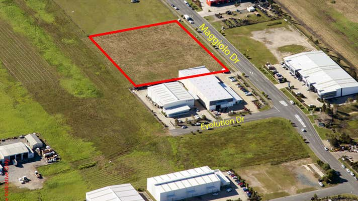 77 Maggiolo Drive, Mackay Paget QLD 4740 - Image 2
