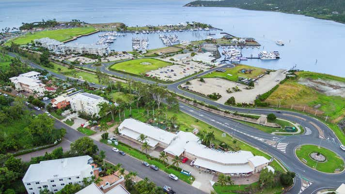 2 Hermitage Drive Airlie Beach QLD 4802 - Image 15