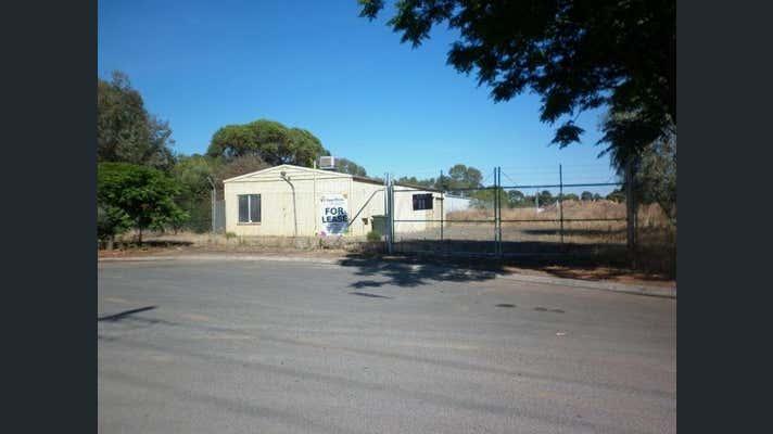 11 Little Paxton Court Willaston SA 5118 - Image 2