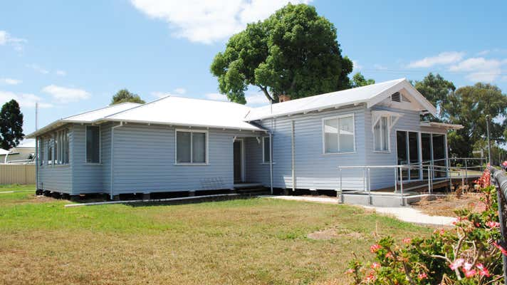 70 Campbell Street Oakey QLD 4401 - Image 6