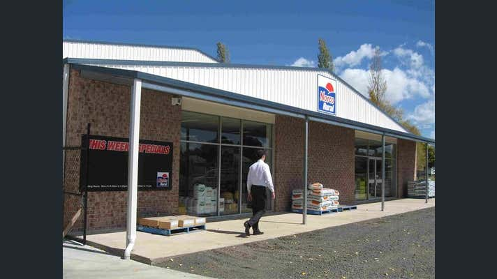 171 Lang Street and West Avenue Glen Innes NSW 2370 - Image 2