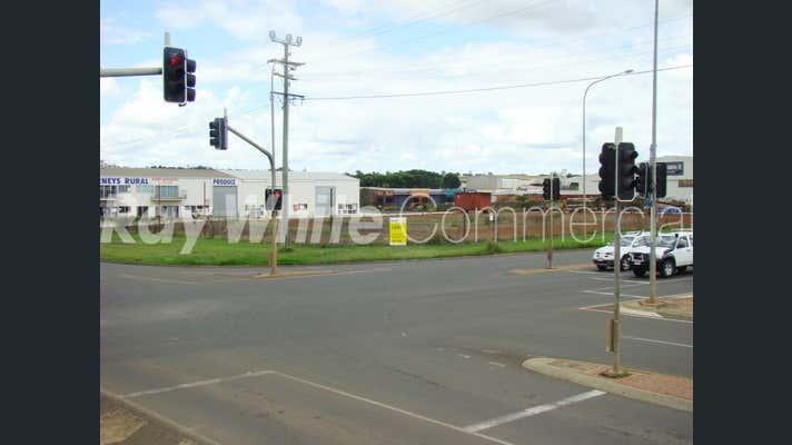 393 Taylor Street Wilsonton QLD 4350 - Image 1