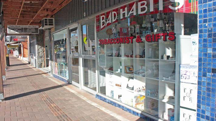 Bad Habits Tobacconists & Gifts - Image 7