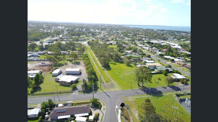 90 Urangan Street Torquay QLD 4655 - Image 1