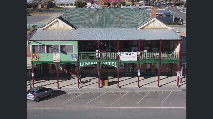 The Union Hotel Tumbarumba, 6 The Parade Tumbarumba NSW 2653 - Image 2