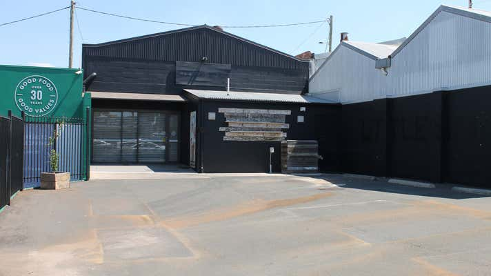 100 Russell Street Toowoomba City QLD 4350 - Image 1