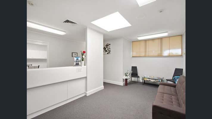 Suite 7, 7 Scott Street Toowoomba City QLD 4350 - Image 2