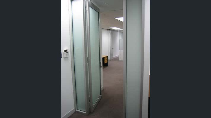 13/105 St Georges Terrace Perth WA 6000 - Image 2