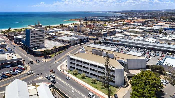 45 Cathedral Avenue Geraldton WA 6530 - Image 2