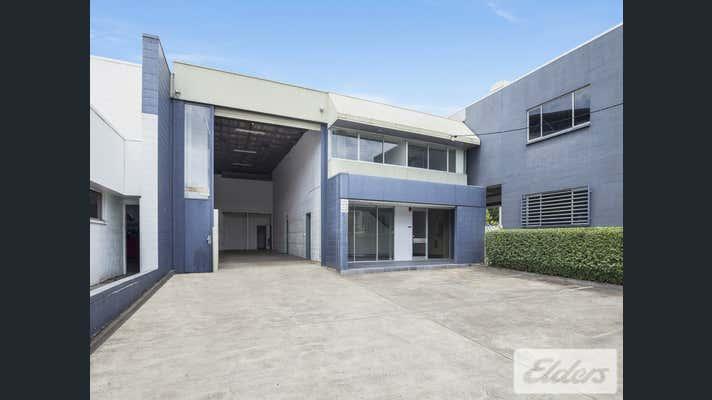 12 Heussler Terrace Milton QLD 4064 - Image 9