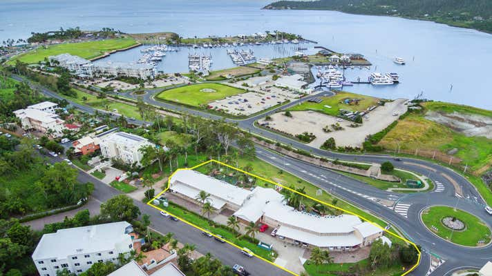 2 Hermitage Drive Airlie Beach QLD 4802 - Image 1