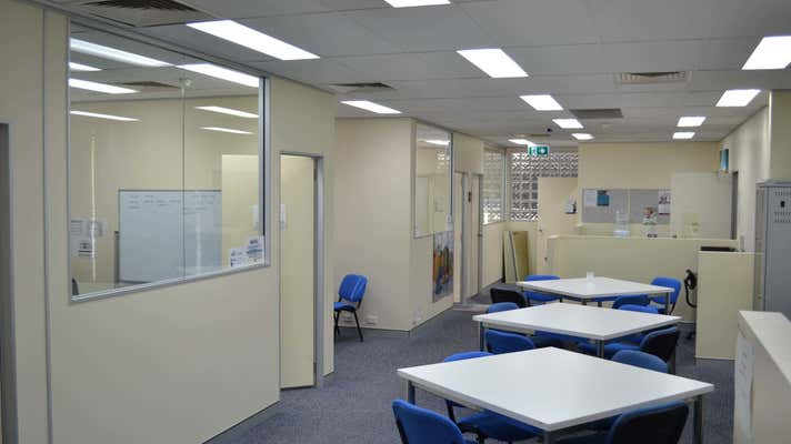 52 Davenport Street Southport QLD 4215 - Image 2