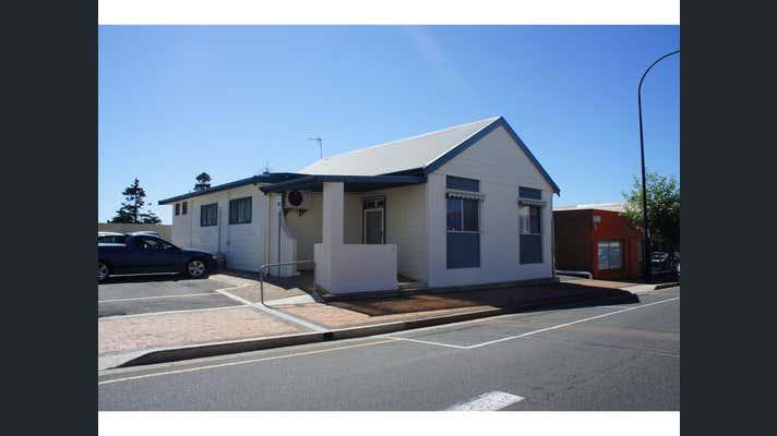21 Washington Street Port Lincoln SA 5606 - Image 1