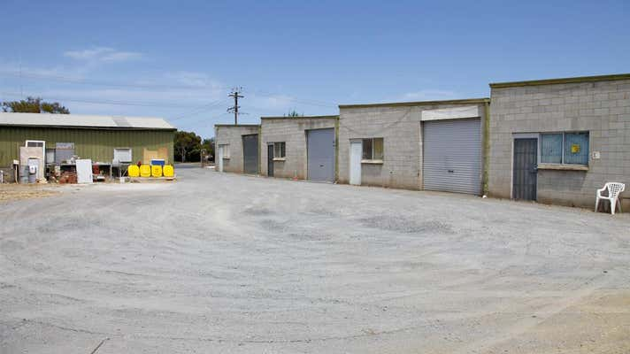 11 Bradpole Road Edinburgh North SA 5113 - Image 8