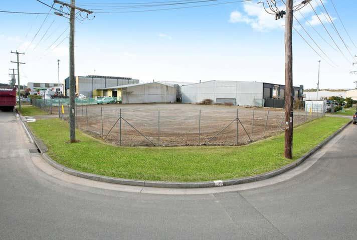 22 Merrigal Road Port Macquarie NSW 2444 - Image 1