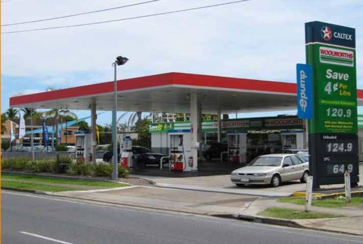 Woolworths Petrol, 180 Braun Street Deagon QLD 4017 - Image 1
