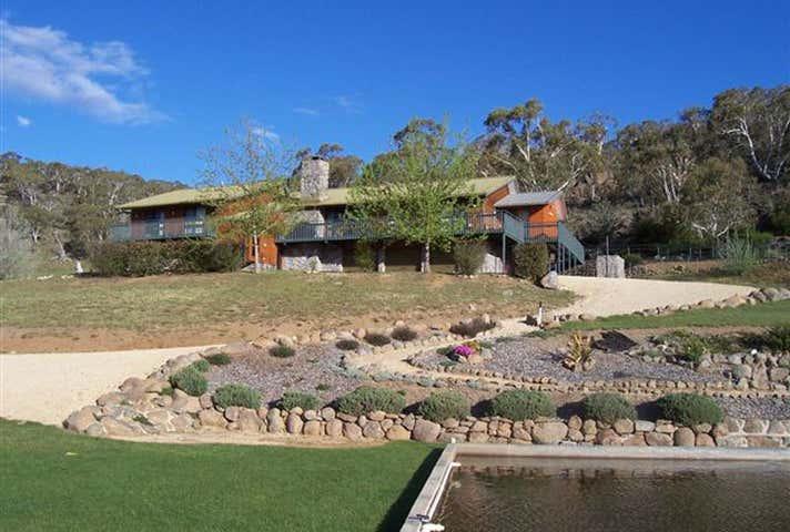 Mowamba Lodge, 219 Frost Creek Lane Jindabyne NSW 2627 - Image 1