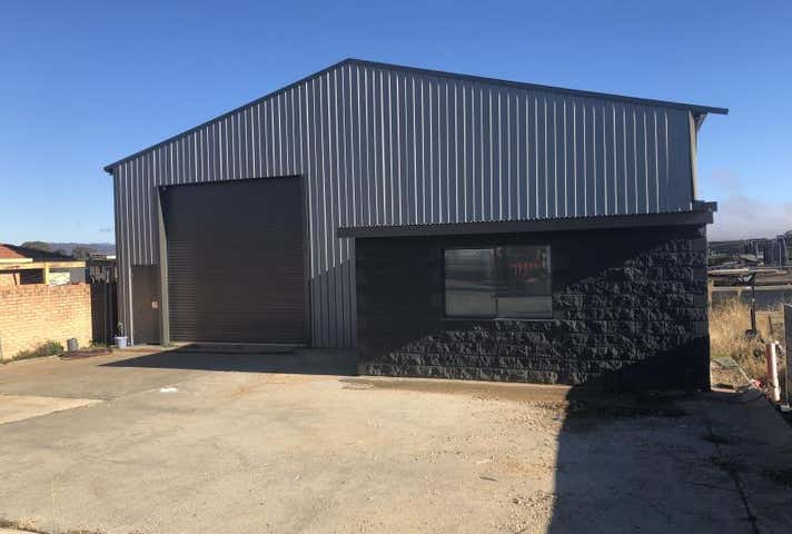 Commercial Real Estate & Property For Lease in Queanbeyan West, NSW 2620