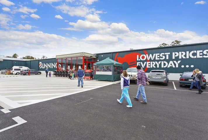 Bunnings, 74 Nyah Road Swan Hill VIC 3585 - Image 1