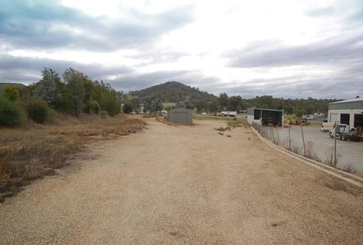 16 Reiff Street Lavington NSW 2641 - Image 1