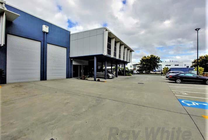 4/10 Chapman Place Eagle Farm QLD 4009 - Image 1
