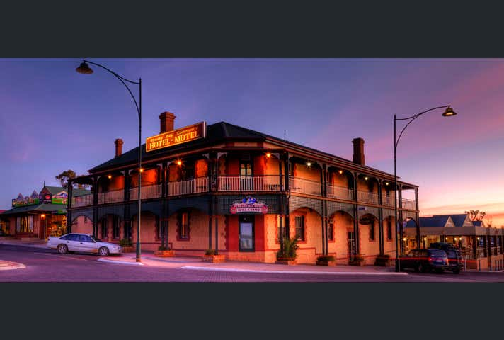 Streaky Bay Hotel Motel (Leasehold & Business), 33 Alfred Street Streaky Bay SA 5680 - Image 1