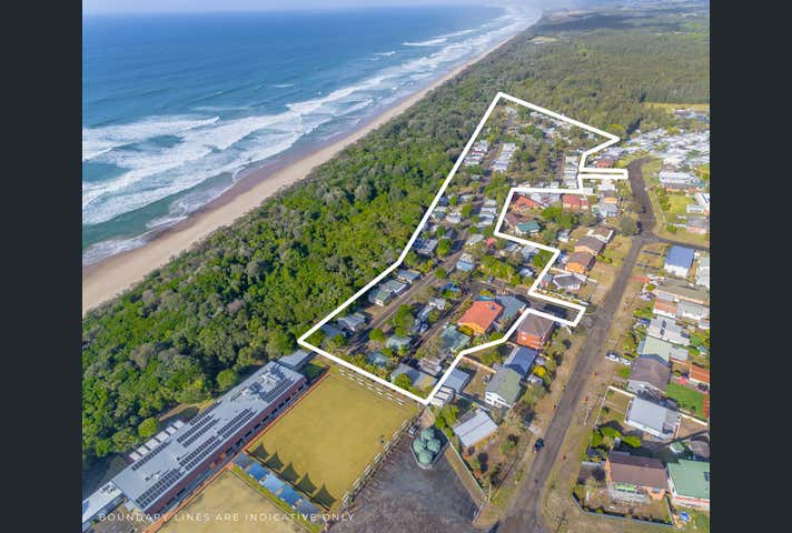 EAST'S OCEAN SHORES, 32 Manning Street Manning Point NSW 2430 - Image 1