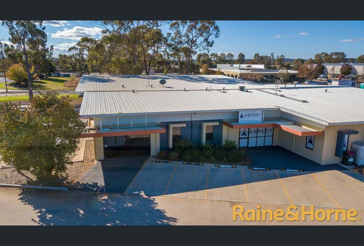 Unit 2, 2 Blueridge Drive Dubbo NSW 2830 - Image 1
