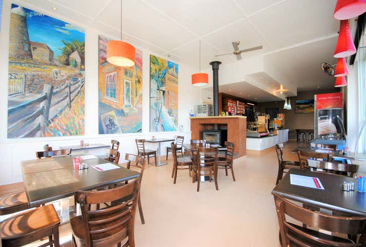 Oatlands Roadhouse Cafe, 47 High Street Oatlands TAS 7120 - Image 1