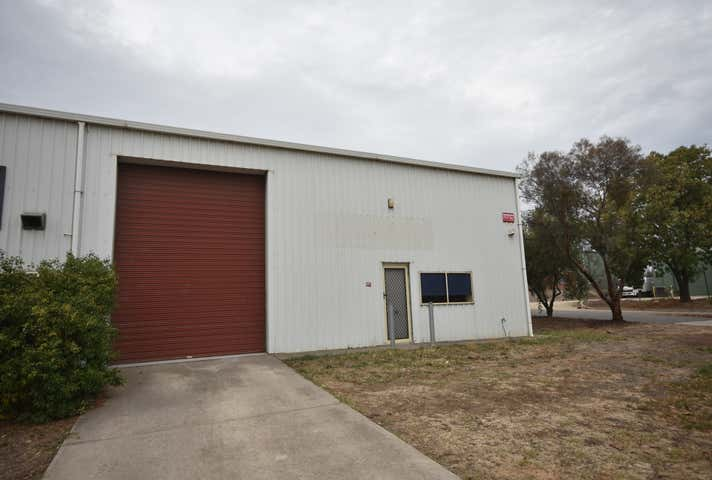 B/42 Conrad Place North Albury NSW 2640 - Image 1