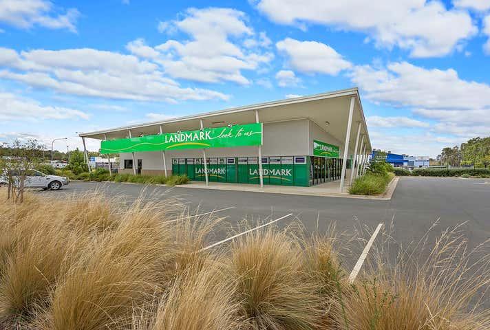 1/115 Catherine Crescent Lavington NSW 2641 - Image 1