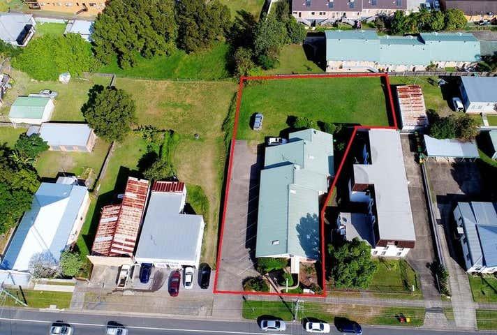 16 Commerce Street Taree NSW 2430 - Image 1