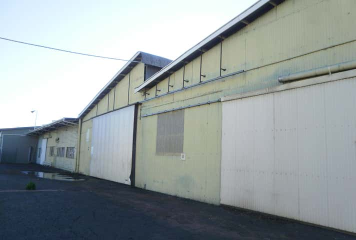 00 Napier Street Shed Dalby QLD 4405 - Image 1