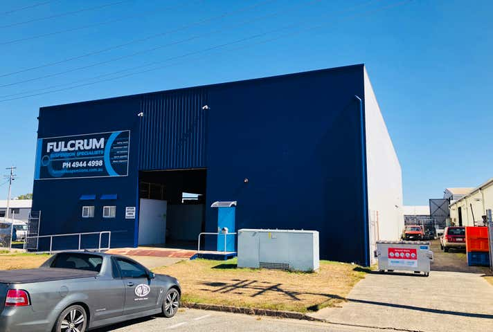 12 Chain Street Mackay QLD 4740 - Image 1