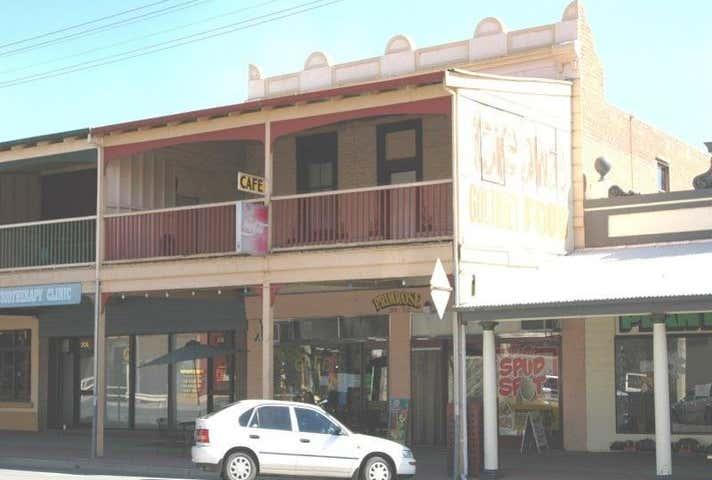 210 Cressy Street Deniliquin NSW 2710 - Image 1