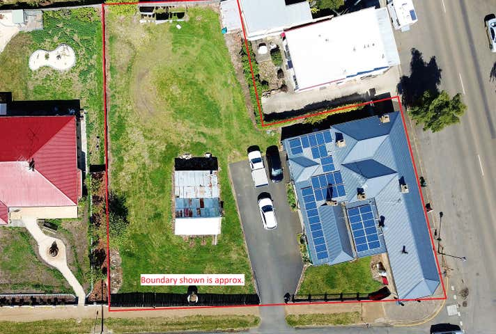 Oatlands Roadhouse, 47 High Street, Oatlands, Tas 7120
