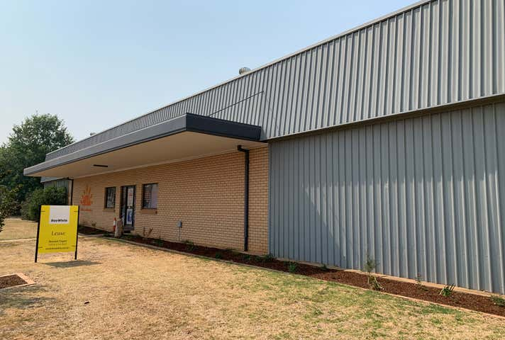 7 Fletcher Crescent Dubbo NSW 2830 - Image 1