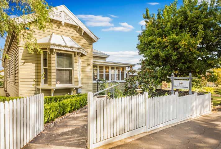 102 Margaret Street East Toowoomba QLD 4350 - Image 1